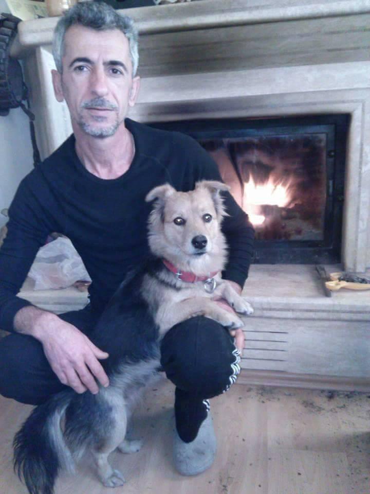 Ali Ilhan dan anjingnya