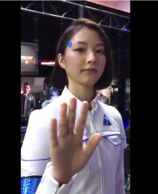 Super Realistic Robots At Tokyo Game Show Leave Social