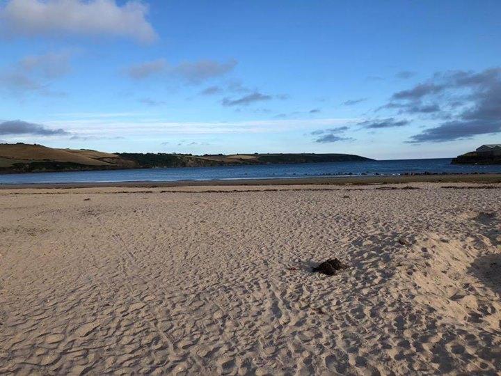 pantai yang bersih